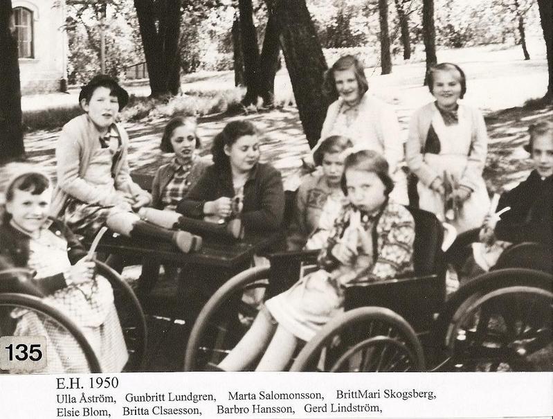Gruppfoto flickor 1950.