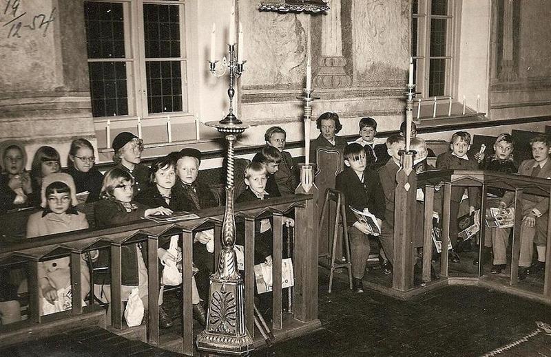 Lidingö kyrka 19 dec. 1954.