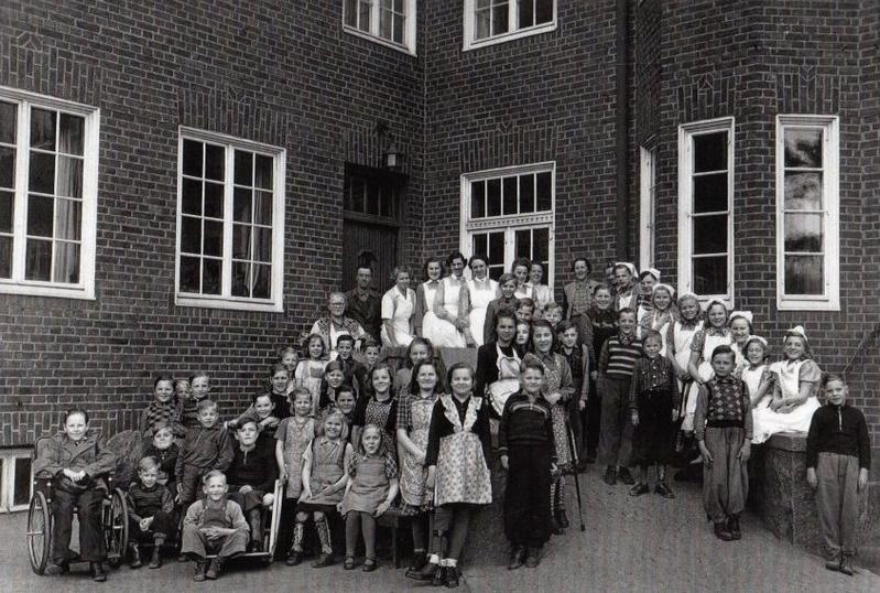 Elever och personal ht 1946 eller vt 1947