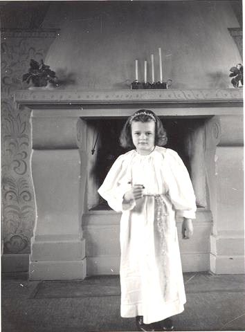 Yvonne Troëng tärna 1949.