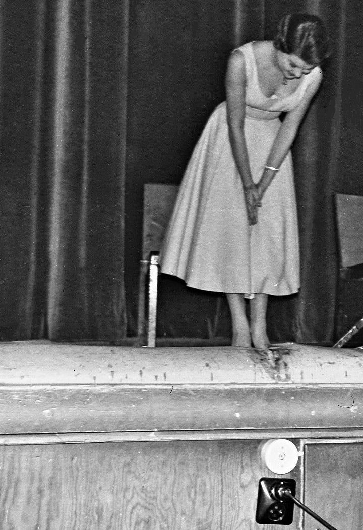 Sångerskan Inger Axö ca 1957-58.